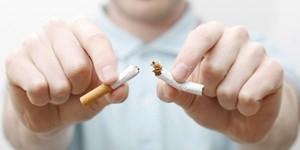 Никотинзаменяющая терапия помогает бросить курить