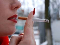 Женское курение: почему никотиновая зависимость – это не только вредно, но и отталкивающе для окружающих?