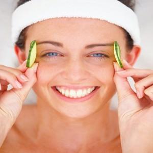 Плюсы и минусы упражнений для кожи вокруг глаз