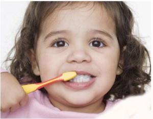 Здоровые зубы – счастливый малыш