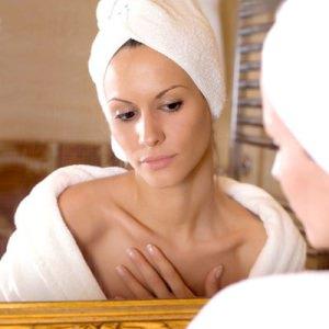 Как правильно ухаживать за кожей декольте после лета?