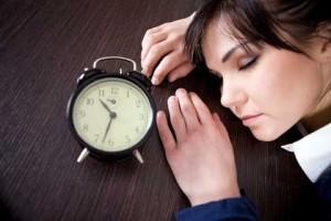 Почему нас постоянно мучает дневная сонливость?