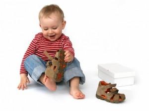 Измеряем ногу малыша