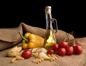 Средиземноморская диета снижает риск сердечнососудистых заболеваний