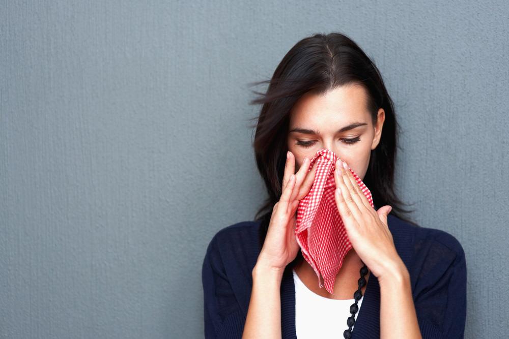 помощь при аллергии на лице от косметики