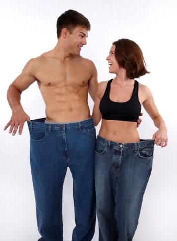 мужчина и женщина вырадают из штанов