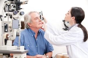 Уникальную офтальмологическую  операцию из Астрахани будут транслировать на страны Прикаспия
