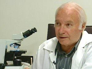 Доктор Шимон Славин.